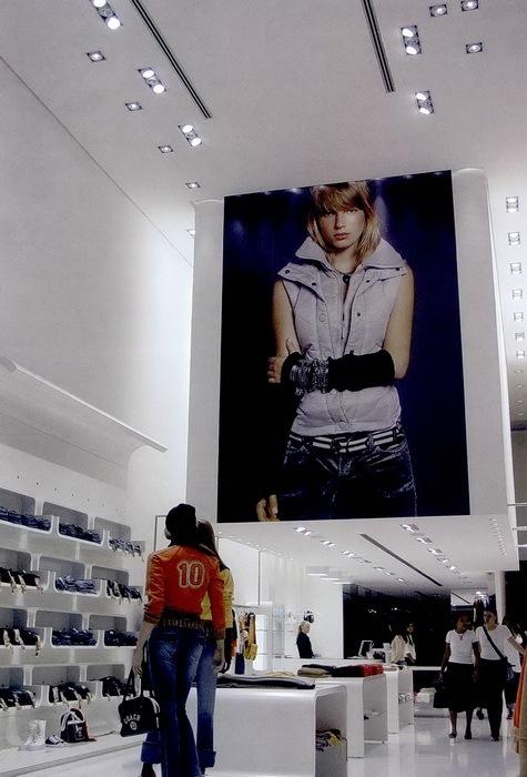 巴勒莫零售商场第7张图片