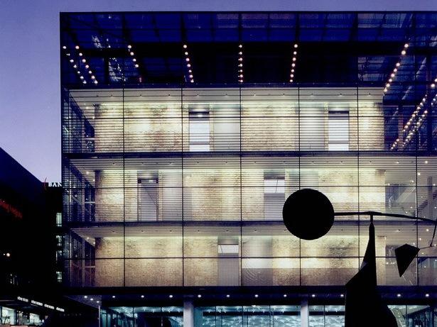 德国斯图加特艺术博物馆新馆第1张图片