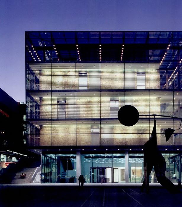 德国斯图加特艺术博物馆新馆第2张图片