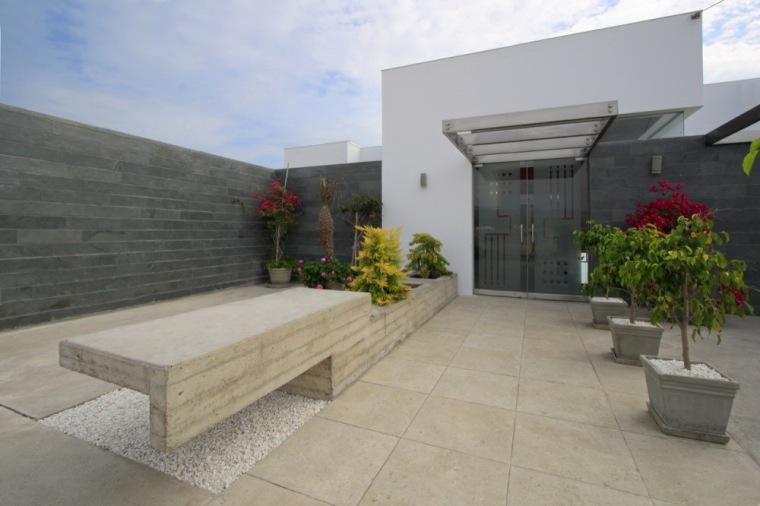 阿尔瓦雷茨住宅第2张图片