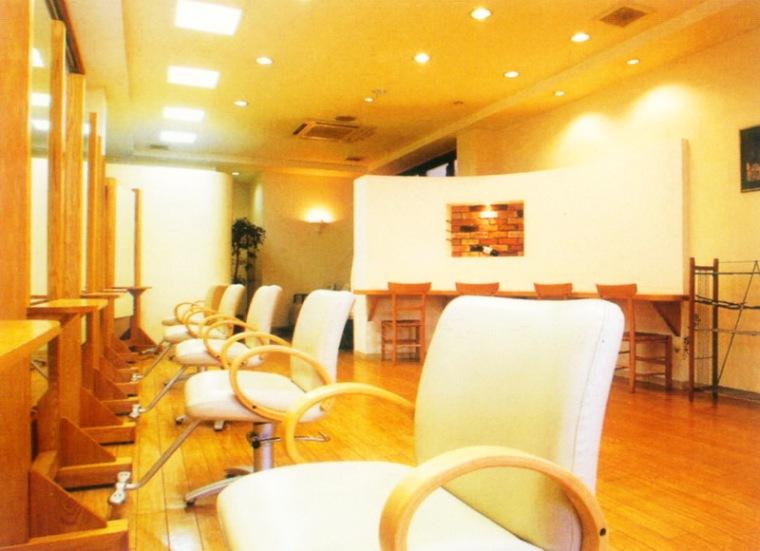 YAOITA Industrial美发店第5张图片
