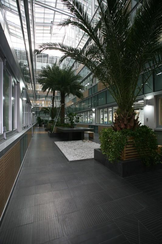 深圳招商地产办公楼第5张图片
