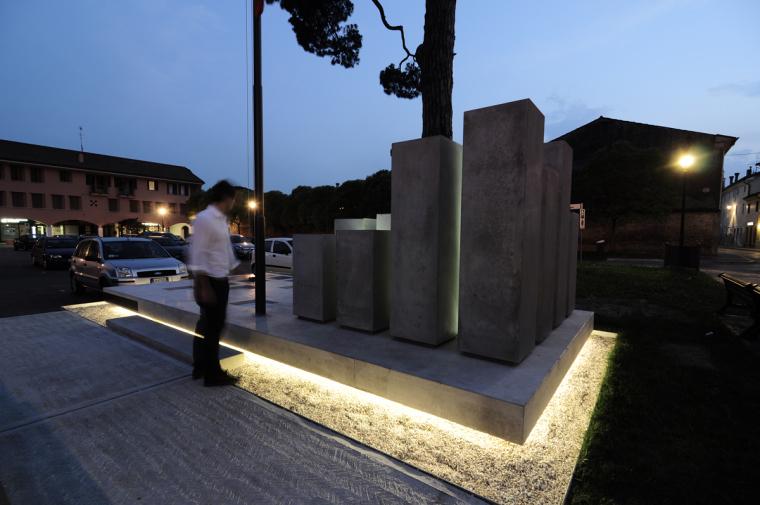 Alpini纪念碑第11张图片