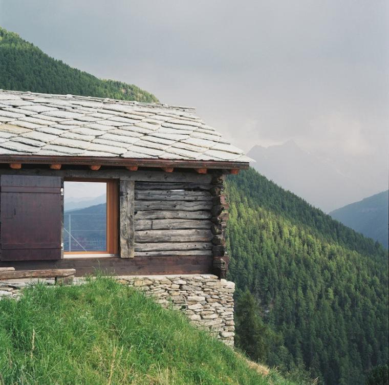 瑞士阿尔卑斯山住宅第2张图片