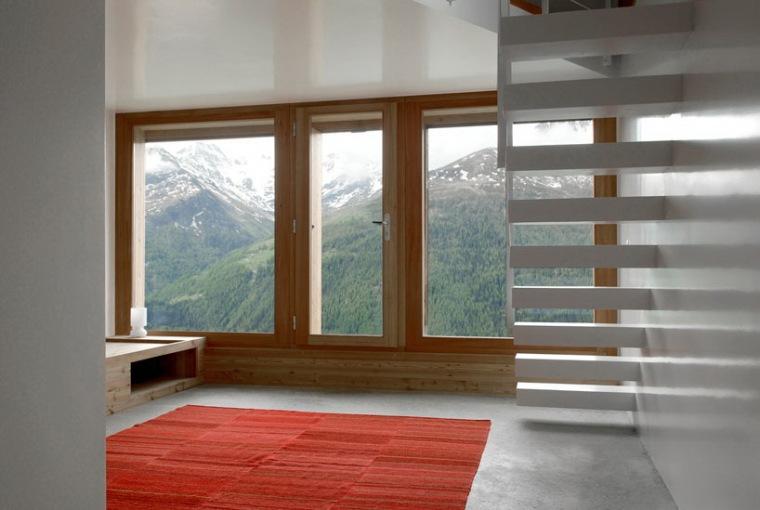 瑞士阿尔卑斯山住宅第4张图片
