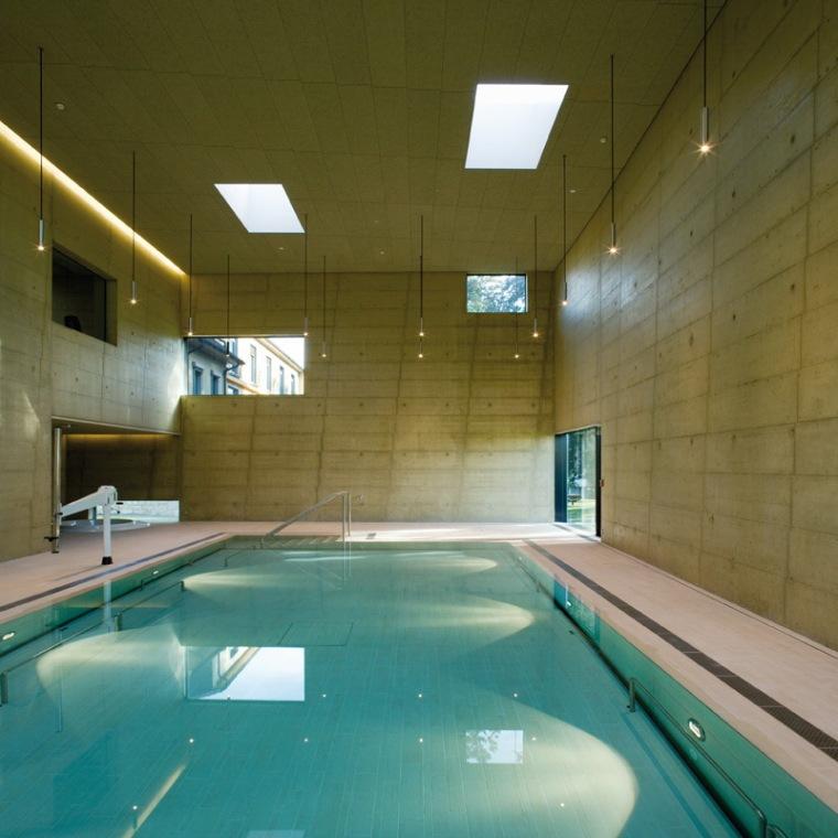 疗养泳池第15张图片