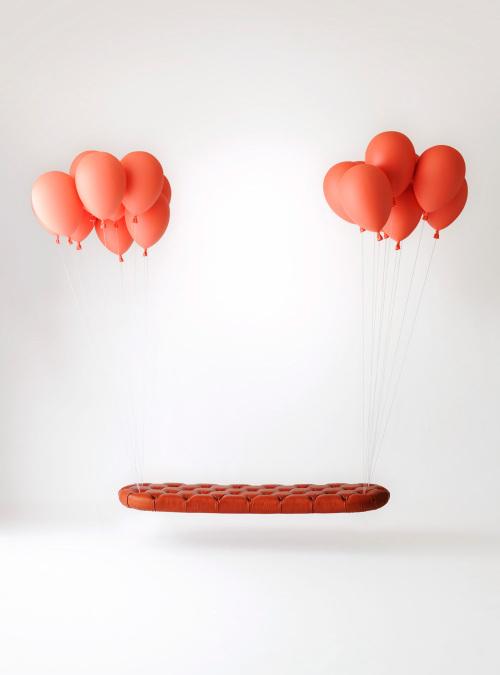 悬浮的气球长凳和气球灯泡第4张图片