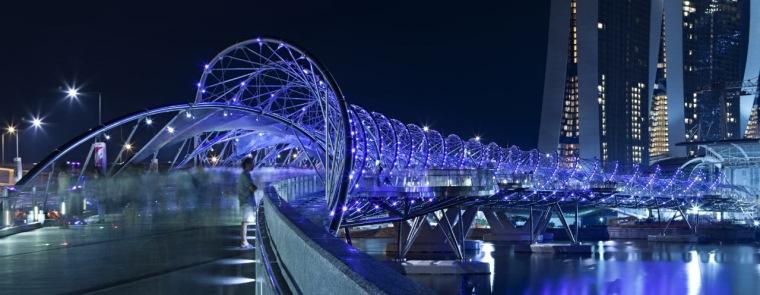 螺旋线人行桥