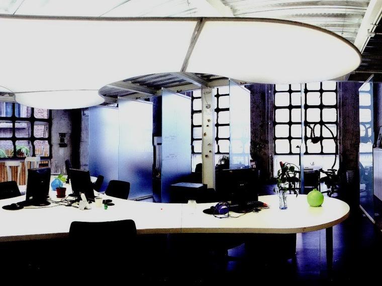 立和空间设计事务所办公室第1张图片