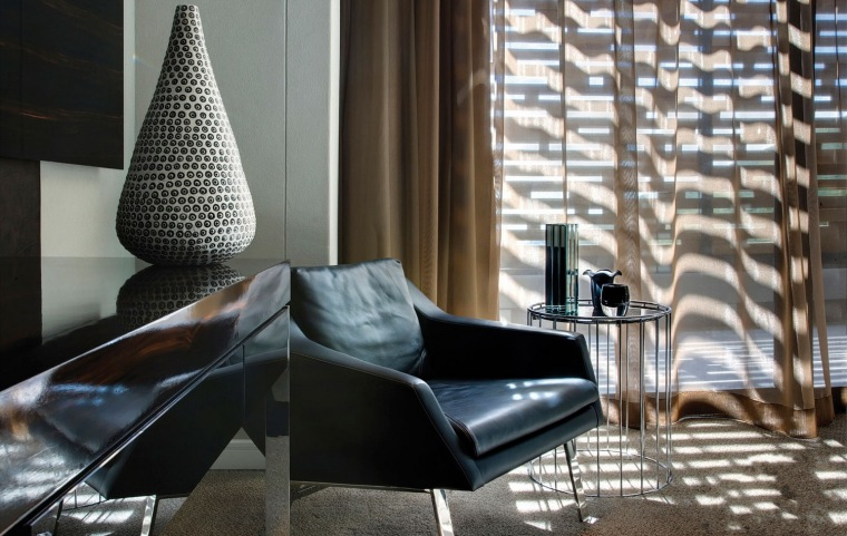 9-时尚奢华的现代别墅第10张图片