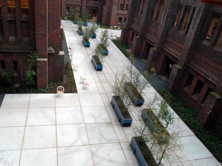 城市灵活庭院第1张图片