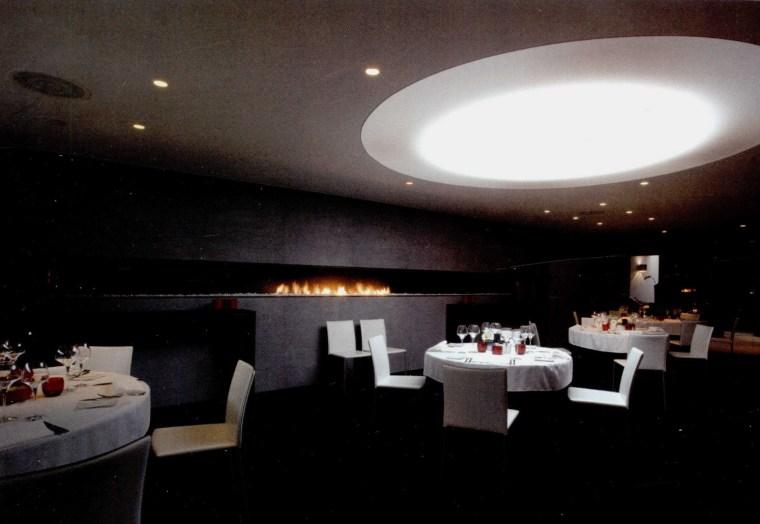 黑与白餐厅第5张图片