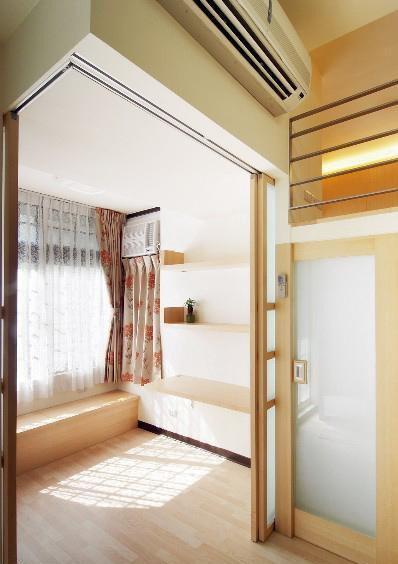 现代简约黄色住宅第3张图片