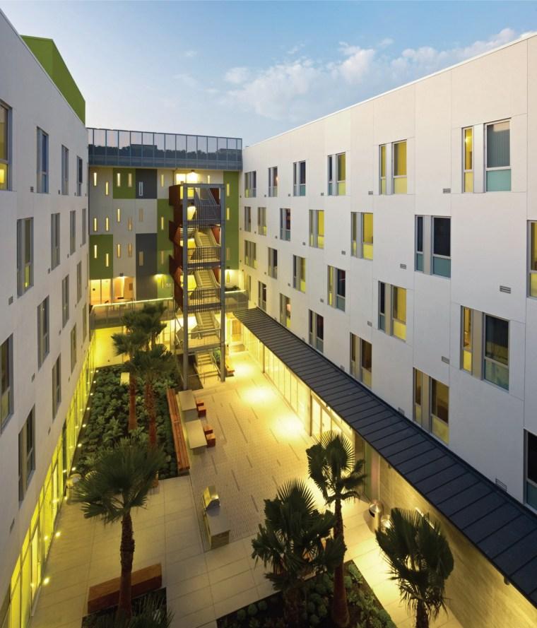 2012年ASLA奖住宅设计奖——优秀奖 高档公寓群第2张图片