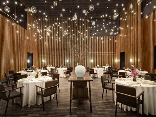深圳华苑一号餐厅室内设计