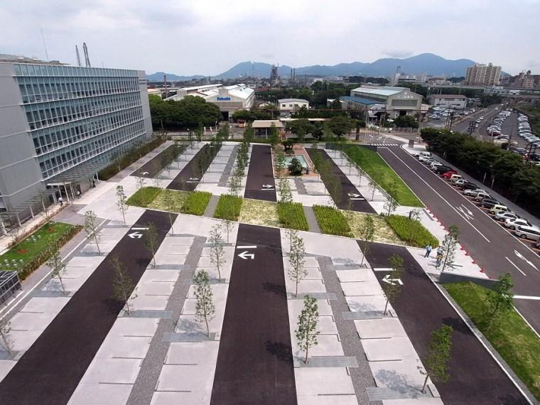 日本NSE北九州科技中心办公大楼周边景观设计