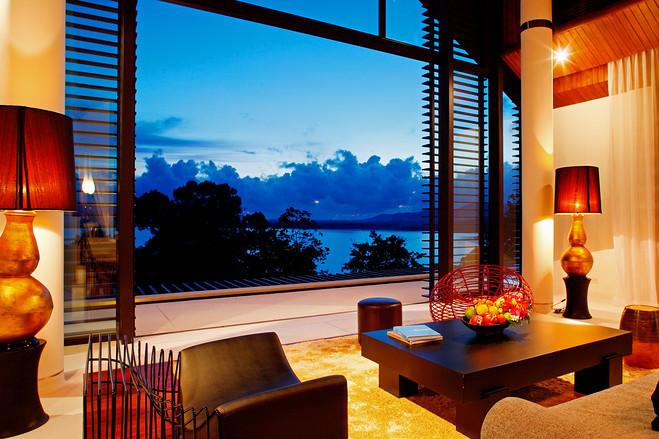 俯瞰大海的普吉岛别墅第7张图片