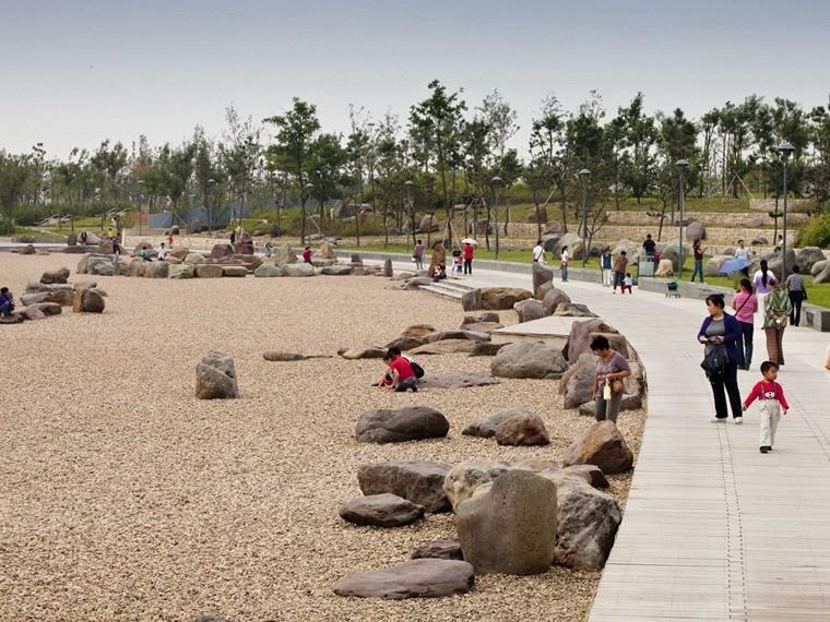 龙子湖总体规划和西桥公园设计
