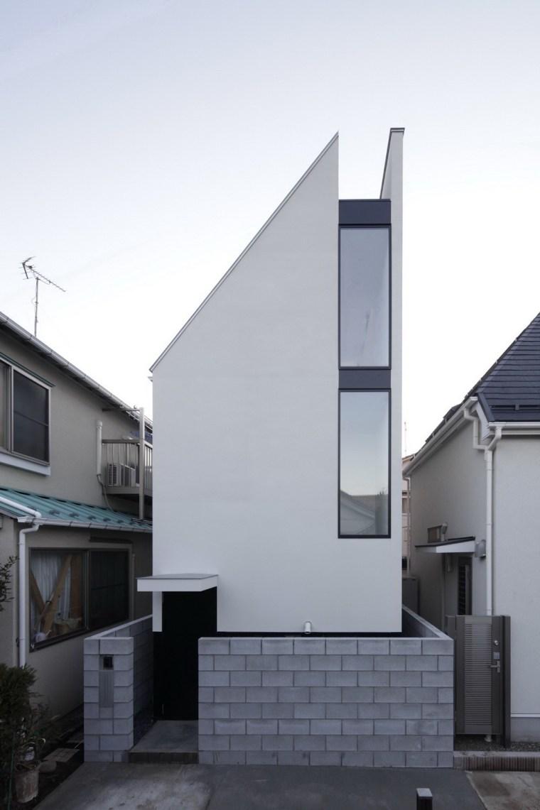 东京垂直小楼第5张图片