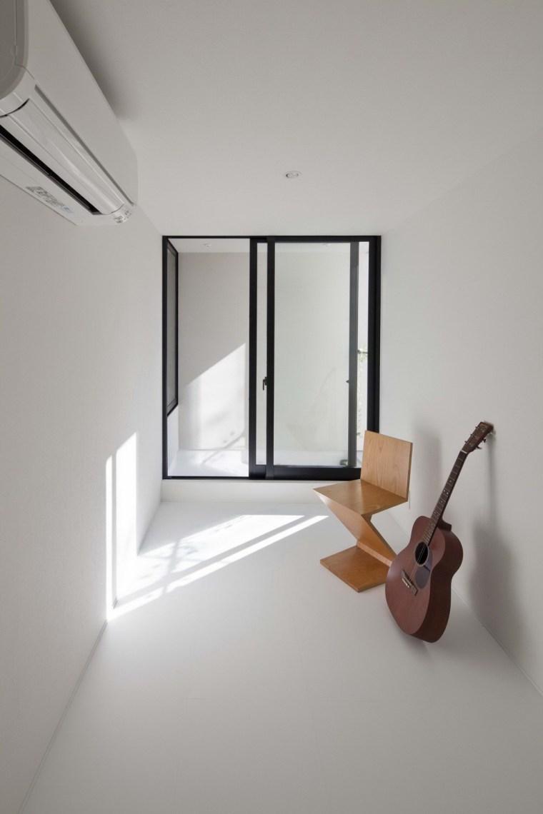 东京垂直小楼第21张图片