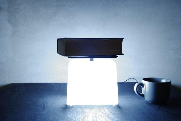 灯光有多重?称一下就知道第4张图片