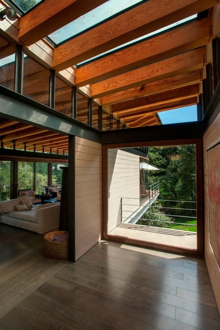 森林深处的木结构别墅第8张图片
