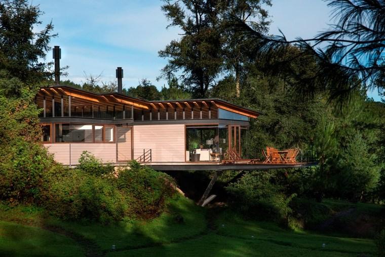 森林深处的木结构别墅第11张图片