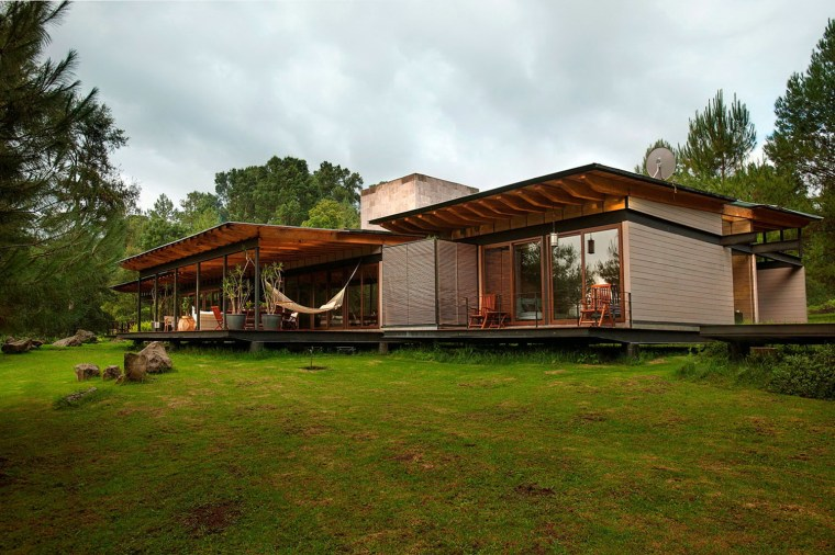 森林深处的木结构别墅第13张图片