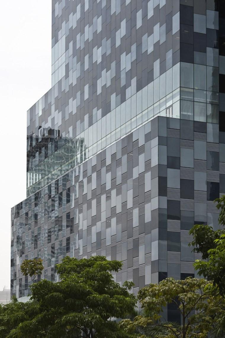 巴拿马银行大厦–由四小办公楼组成的大楼第6张图片