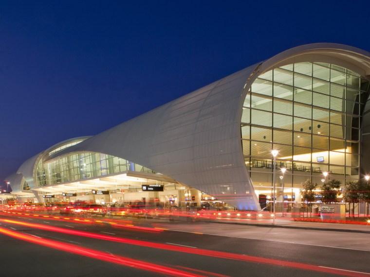 国际机场候机楼