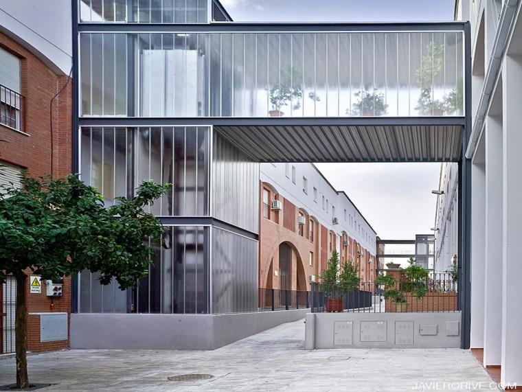 集合住宅间公共交通空间优化设计