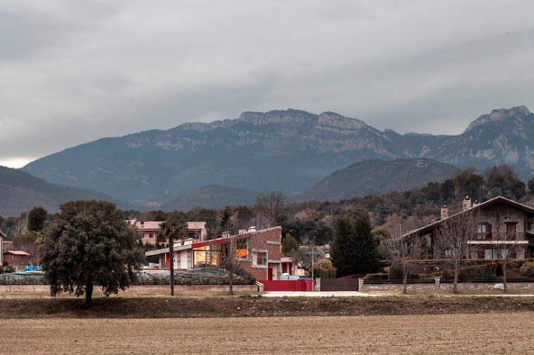巴塞罗那casabitxo住宅-巴塞罗那casa bitxo住宅第2张图片