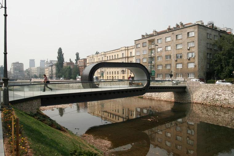 萨拉热窝和波黑FestinaLente大桥-萨拉热窝和波黑FestinaLente大桥第4张图片