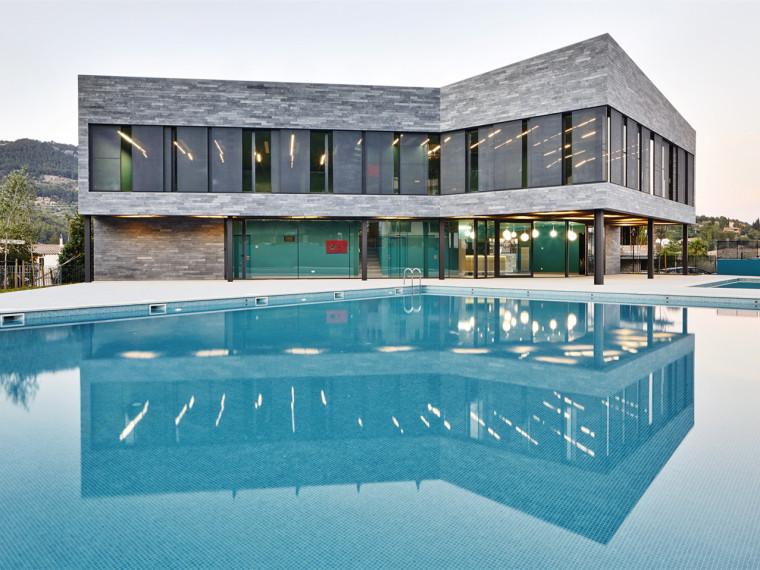 西班牙体育中心游泳馆