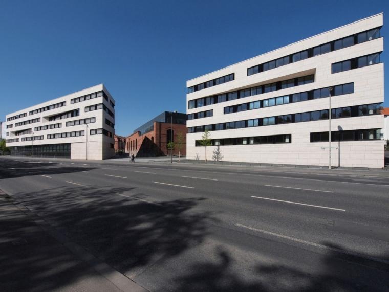 德国卡塞尔大学教学楼