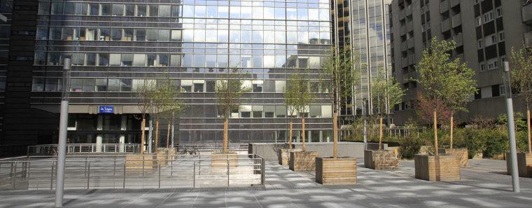 巴黎四季广场外部局部图-巴黎四季广场第2张图片