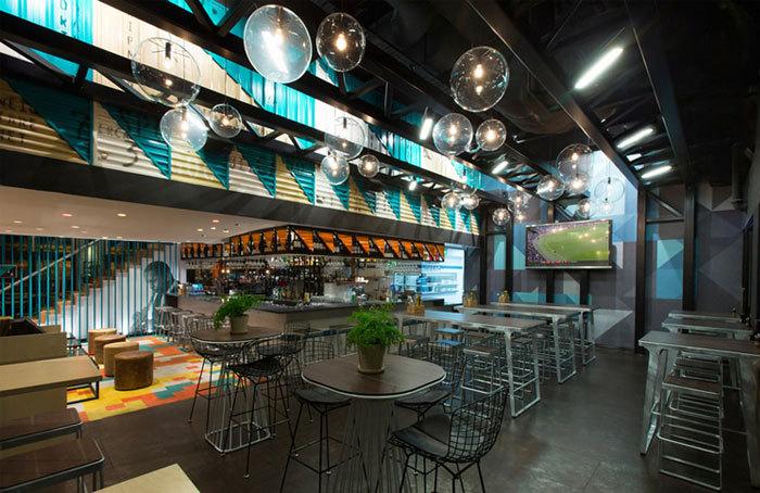 墨尔本的Bluetrain咖啡屋室内局部-墨尔本的Bluetrain咖啡屋第4张图片
