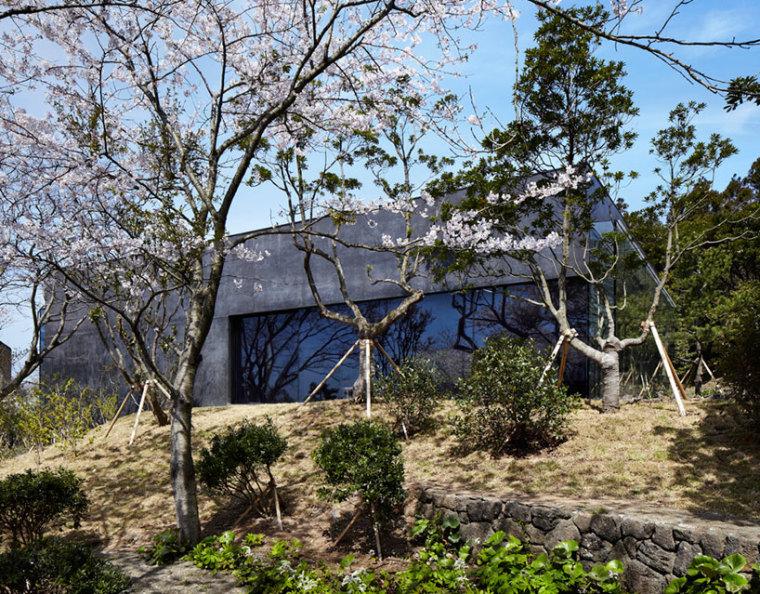 济州岛茶石博物馆及茶室外观图-济州岛茶石博物馆及茶室第5张图片