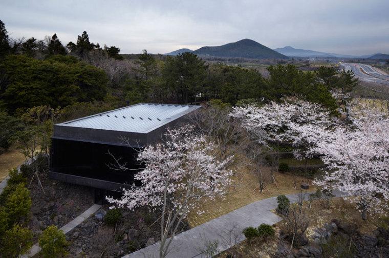 济州岛茶石博物馆及茶室外观图-济州岛茶石博物馆及茶室第4张图片