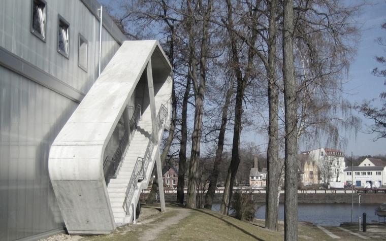 柏林水上活动中心外部局部图-柏林水上活动中心第4张图片