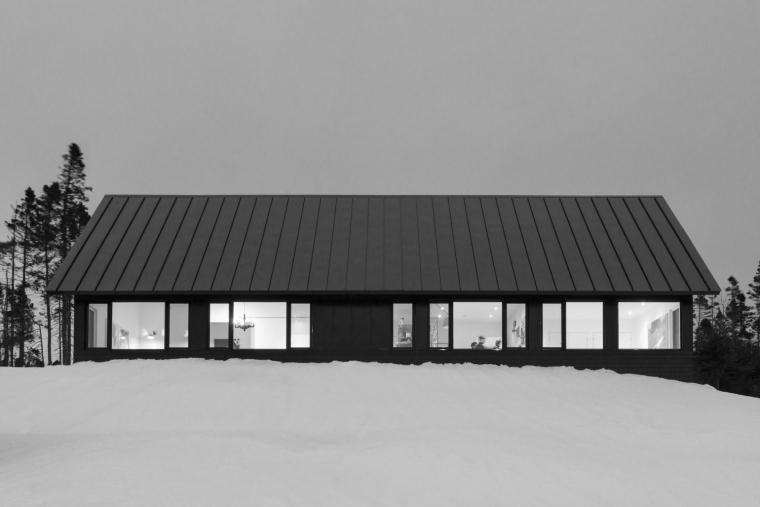 黑色三角墙住宅-黑色三角墙住宅第14张图片