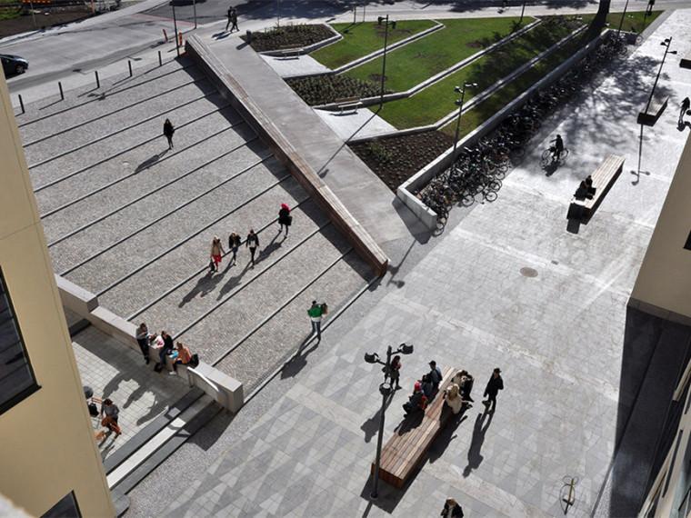 布罗斯时尚服饰中心景观第1张图片