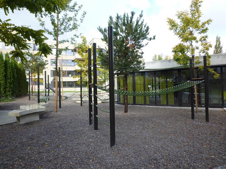 瑞士的合作式住宅景观外部局部图-瑞士的合作式住宅景观第2张图片