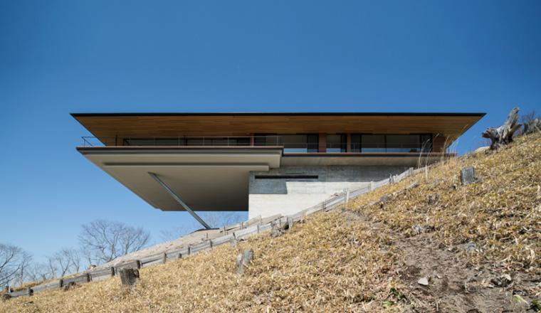 日本悬浮于空的住宅远处外部实景-日本悬浮于空的住宅第4张图片