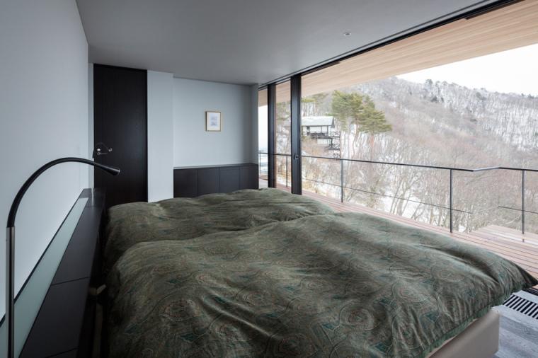 日本悬浮于空的住宅内部卧室实景-日本悬浮于空的住宅第14张图片