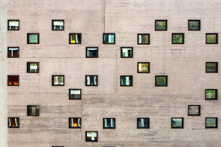 智利UDP经济学院校园总体规划外部-智利UDP经济学院校园总体规划第10张图片