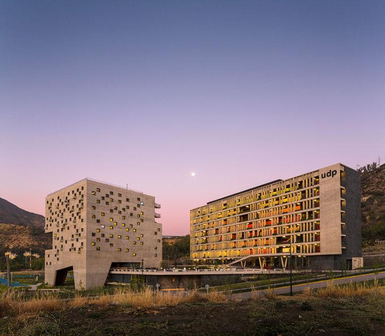智利UDP经济学院校园总体规划外部-智利UDP经济学院校园总体规划第13张图片