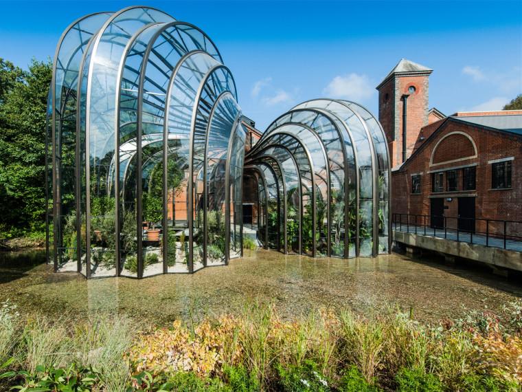 英国蓝宝石金酒公司温室