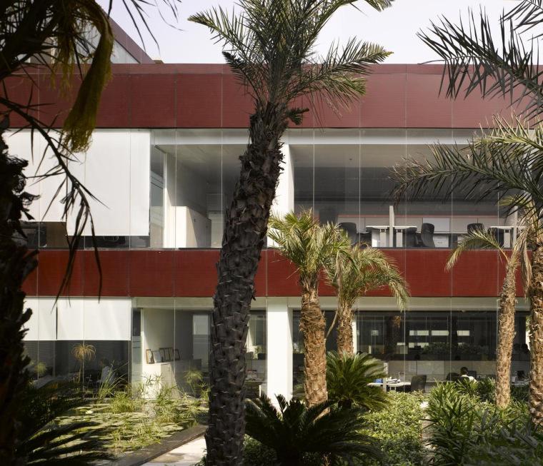 印度Glycols公司总部大楼外部侧面-印度Glycols公司总部大楼第6张图片