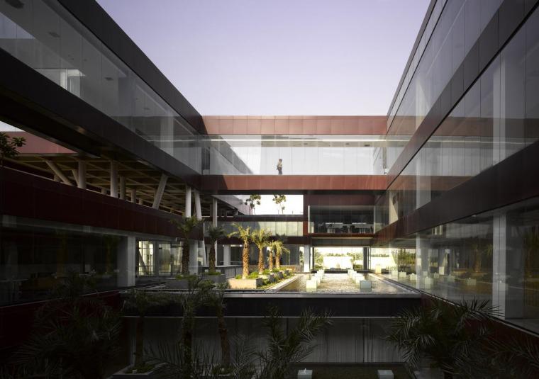 印度Glycols公司总部大楼外部空间-印度Glycols公司总部大楼第5张图片